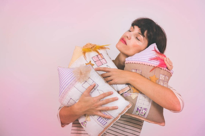 latrakia-cushions